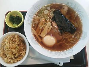 佐野ラーメン 半炒飯セット